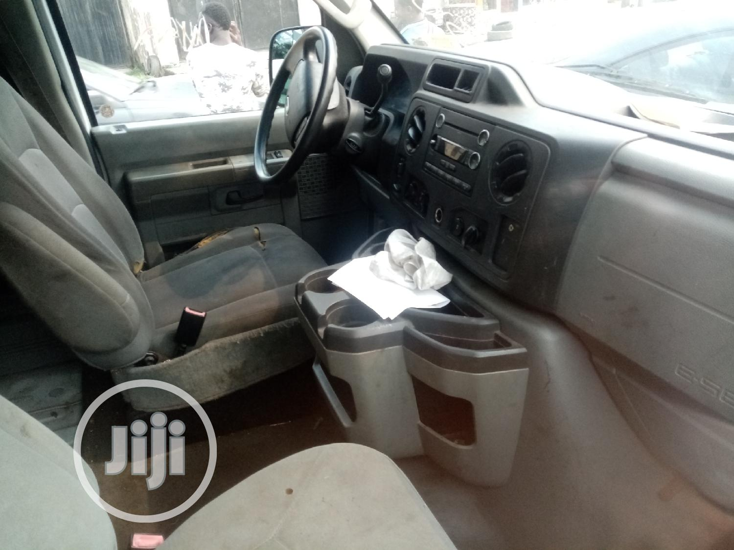 Ford E350 2010 White | Buses & Microbuses for sale in Surulere, Lagos State, Nigeria
