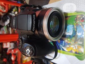 Olumpus Professional Digital Camera 12 Megapixels | Photo & Video Cameras for sale in Lagos State, Ikeja