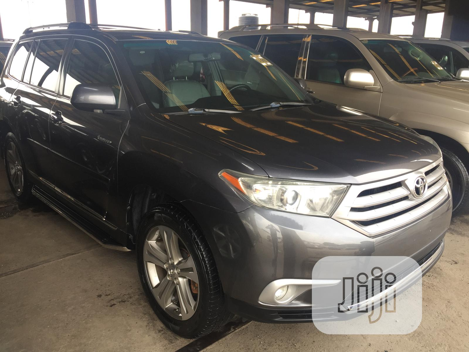 Toyota Highlander Limited 4x4 2009 Gray | Cars for sale in Apapa, Lagos State, Nigeria