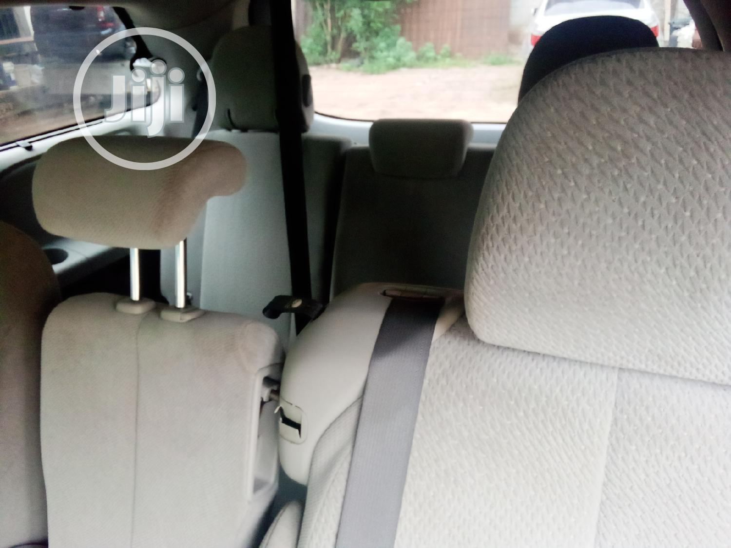 Toyota Sienna LE 8 Passenger 2011 Red | Cars for sale in Isolo, Lagos State, Nigeria
