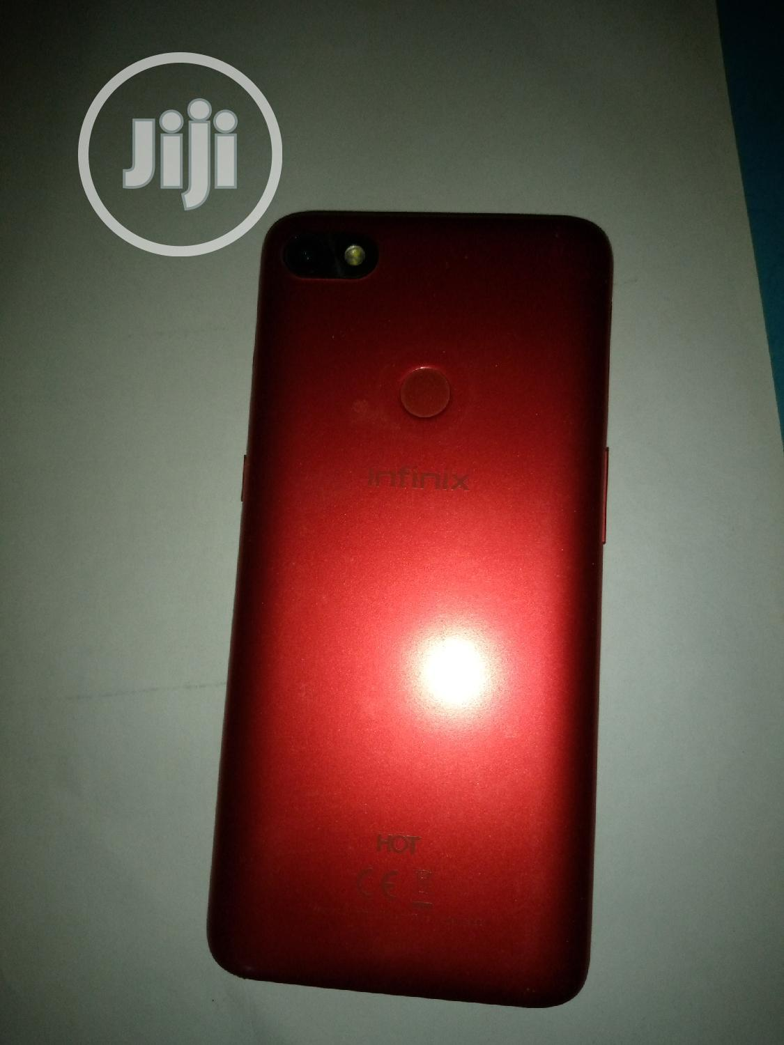 Archive: Infinix Hot 6 16 GB Red