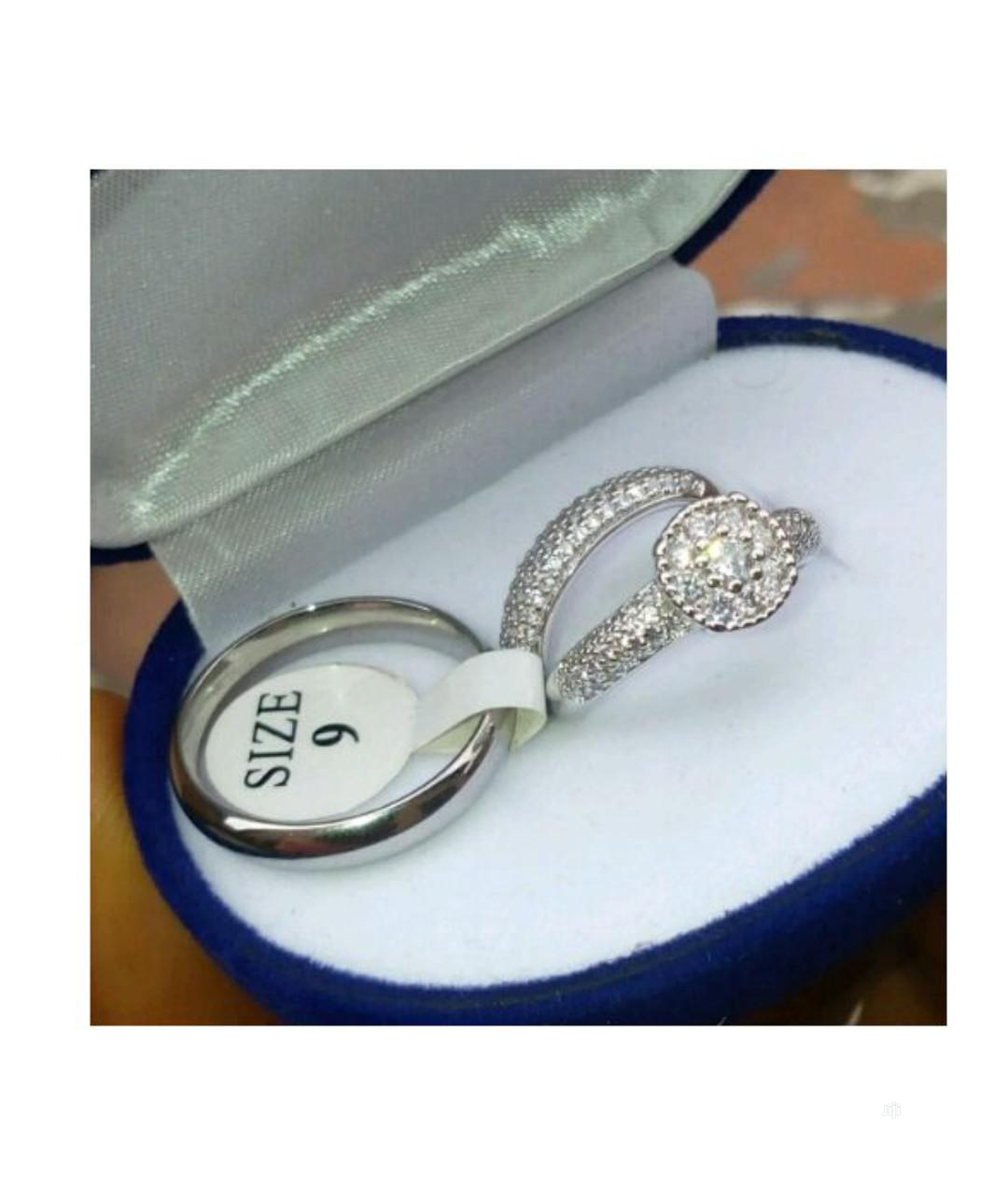 Archive: Simple Classic Wedding Rings Set