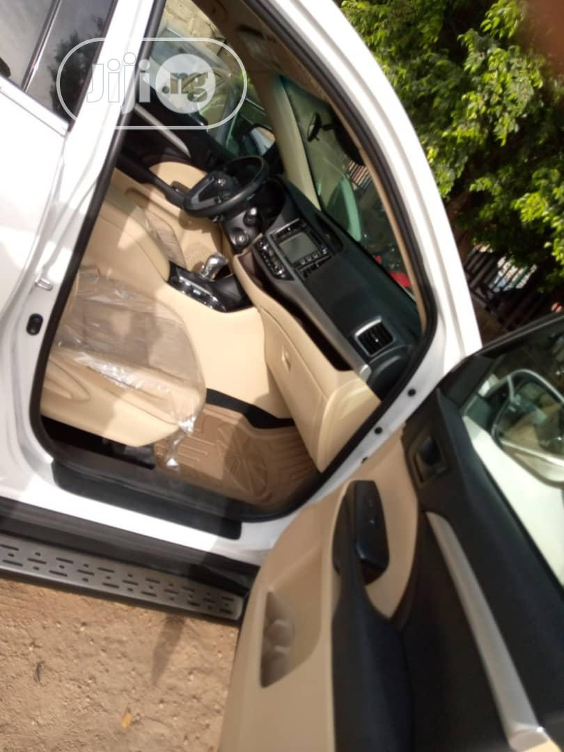 Toyota Highlander 2017 White   Cars for sale in Gwarinpa, Abuja (FCT) State, Nigeria