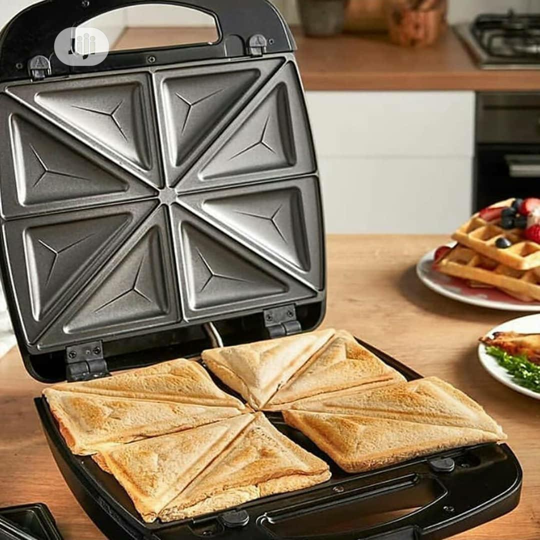 4 Slice Sandwich/Toast Machine