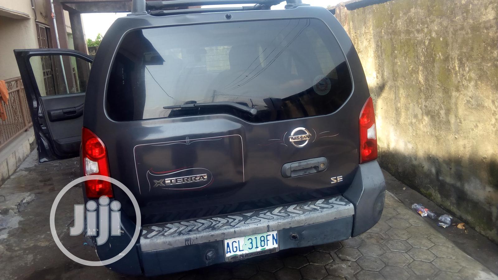 Archive: Nissan Xterra 2006 SE Gray