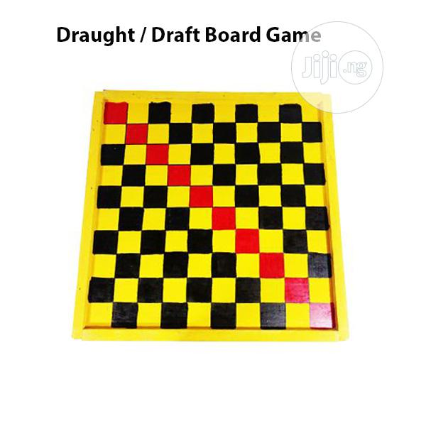 Draft / Draught Board Game