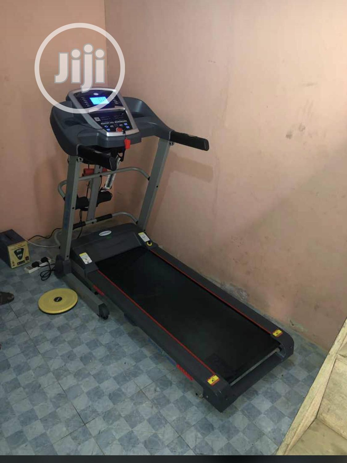Archive: 2.5hp Treadmill With Incline,Massager And Dumbbell