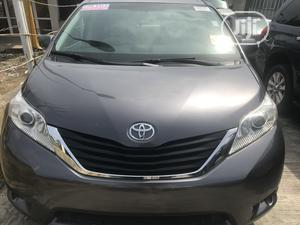 Toyota Sienna 2010 LE 8 Passenger Gray | Cars for sale in Lagos State, Ajah