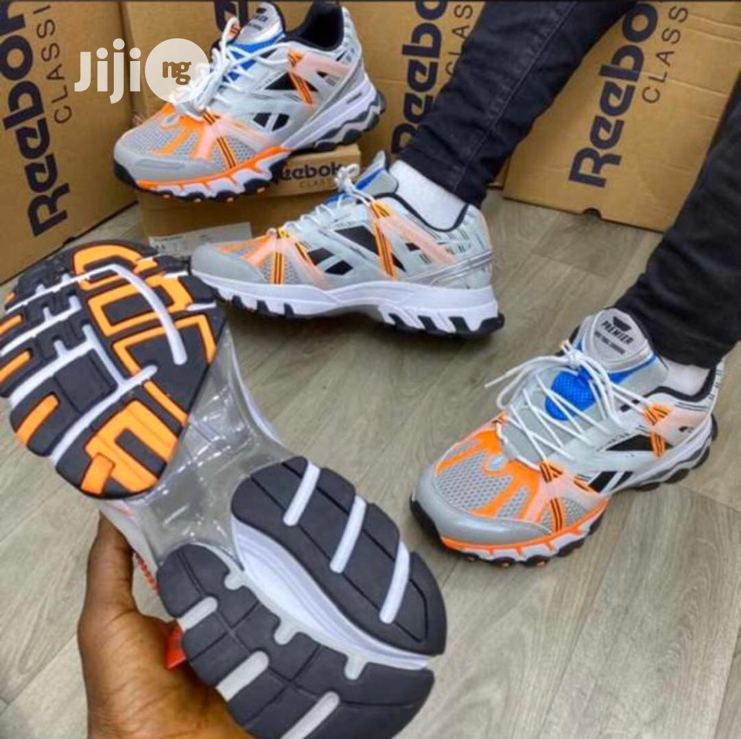Óxido efecto chupar  Reebok Classic Fashion Sneakers in Surulere - Shoes, M Metals Group Of  Company | Jiji.ng