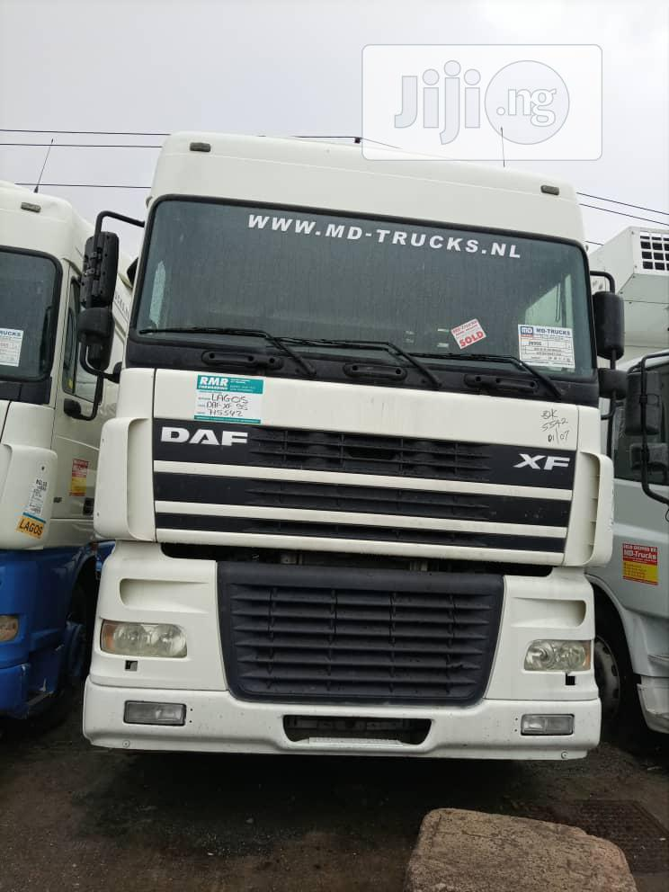 Archive: White DAF Xf 2008