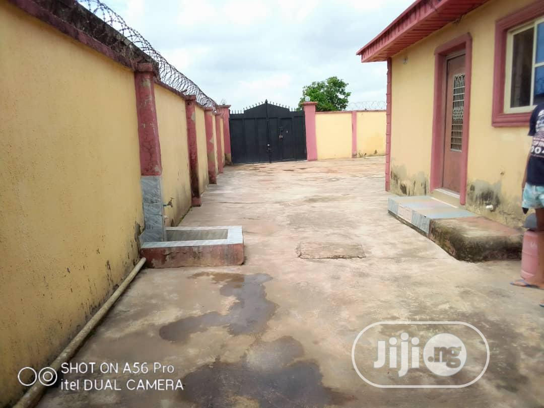 Well Built 3bedroom Bungalow At Agura Fence Gated Ikorodu | Houses & Apartments For Sale for sale in Ikorodu, Lagos State, Nigeria