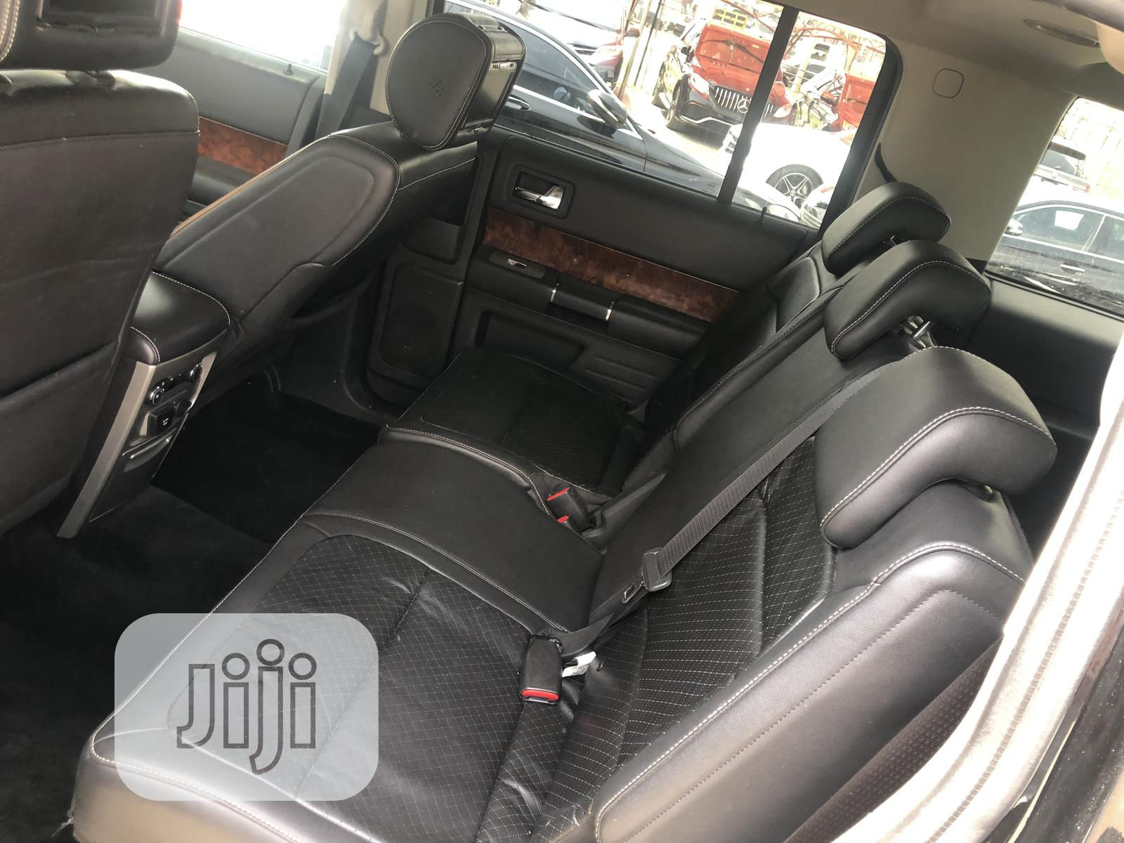 Archive: Ford Flex 2010 Limited Black