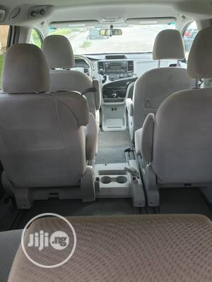 Toyota Sienna 2012 LE 7 Passenger Mobility White | Cars for sale in Lagos State, Amuwo-Odofin