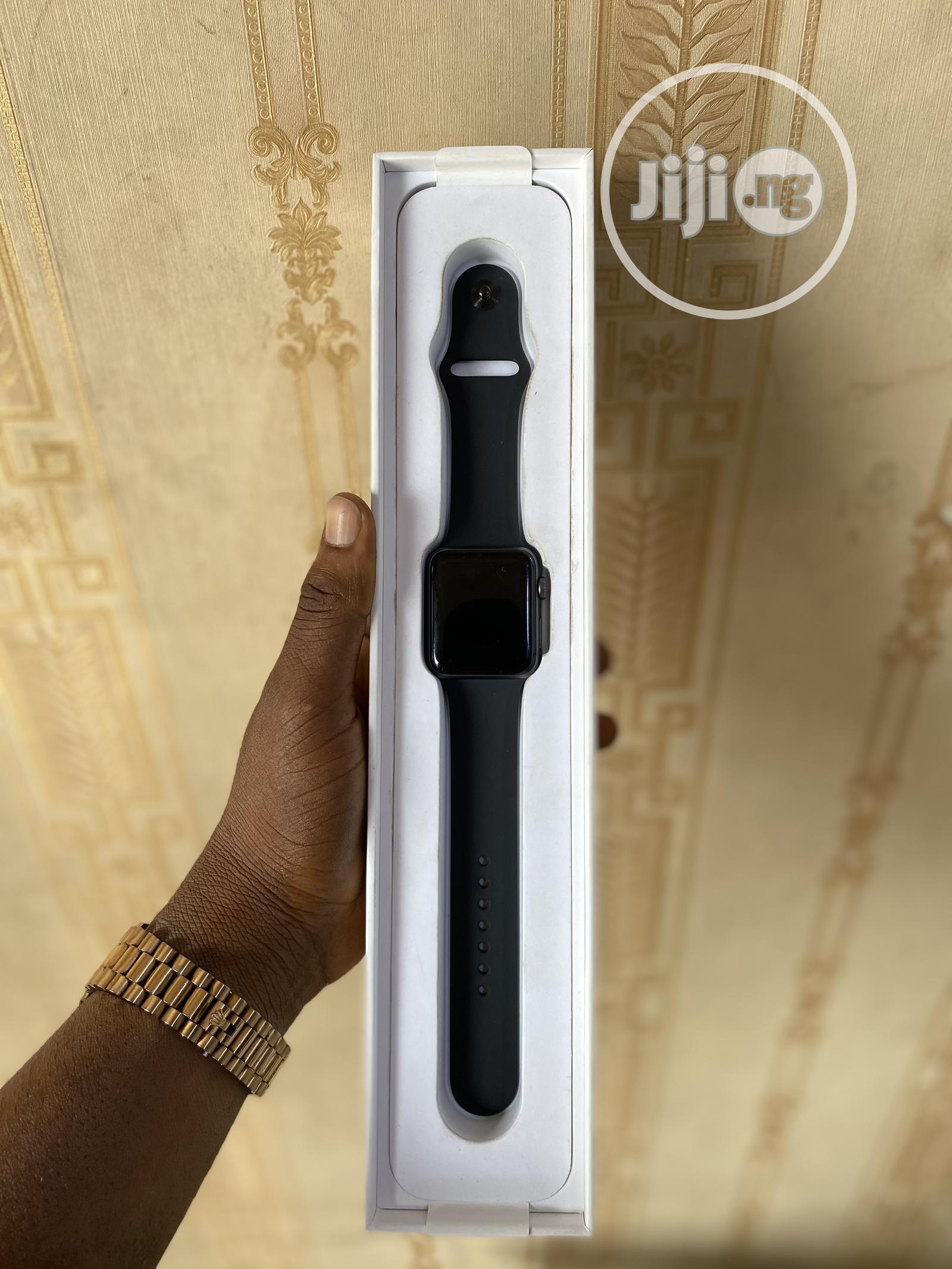 Apple Iwatch Series 3 42mm Gps+Cellular