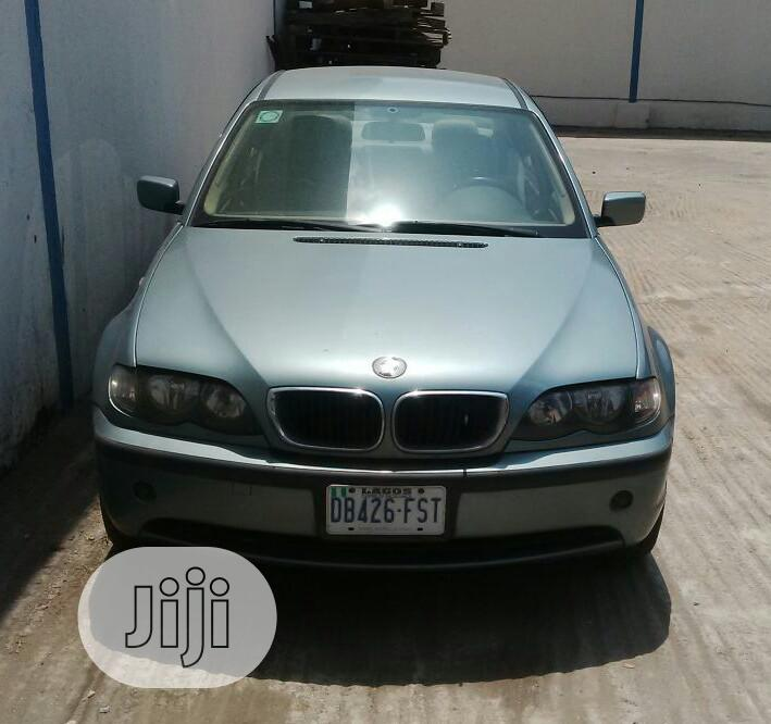 Archive: BMW 318i 2003 Green