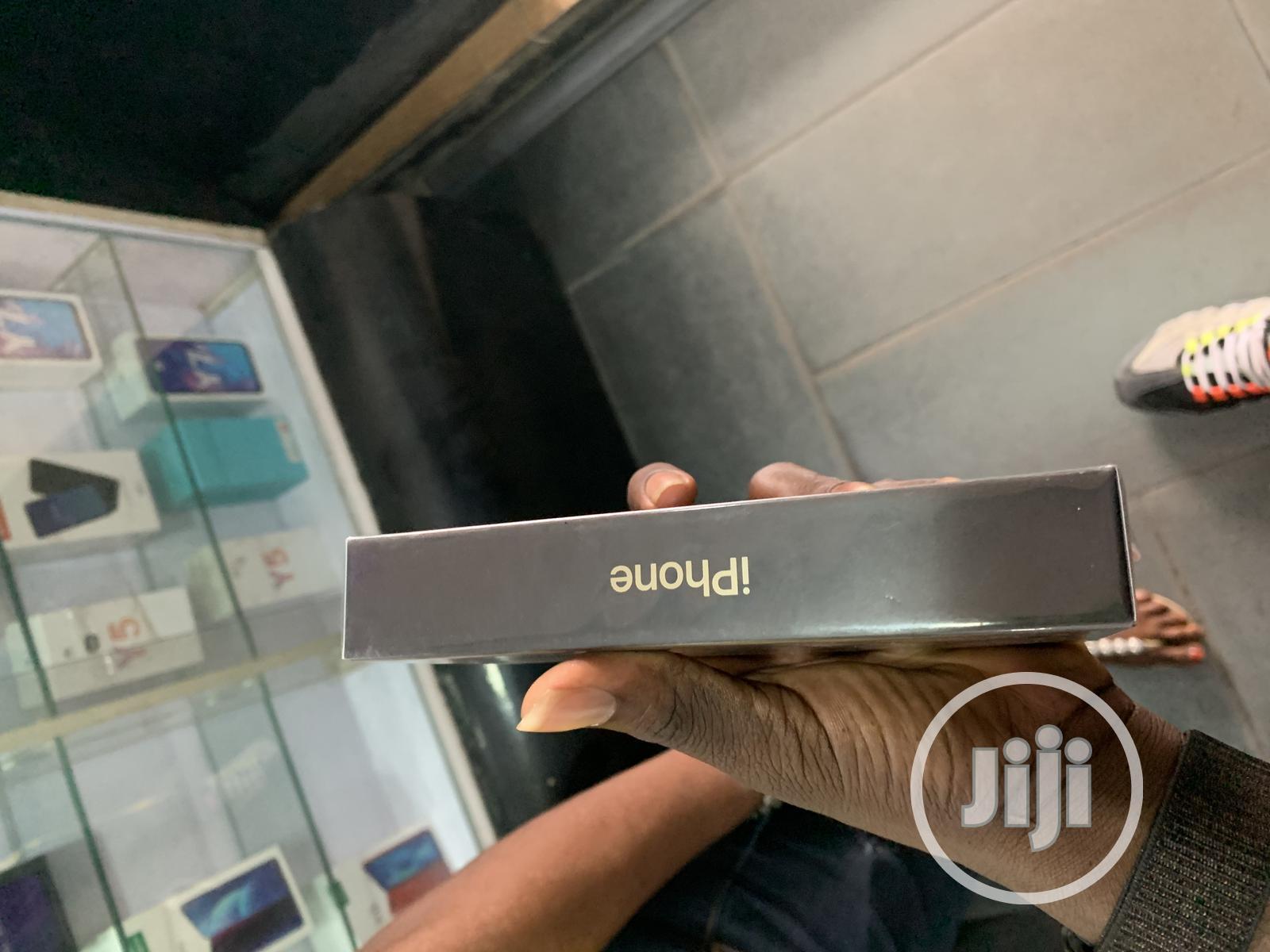 New Apple iPhone 12 64 GB Black   Mobile Phones for sale in Ikeja, Lagos State, Nigeria