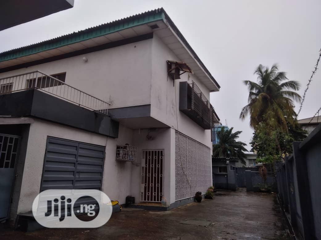 For Sale Twin Duplex in Victoria Island Lagos 450m