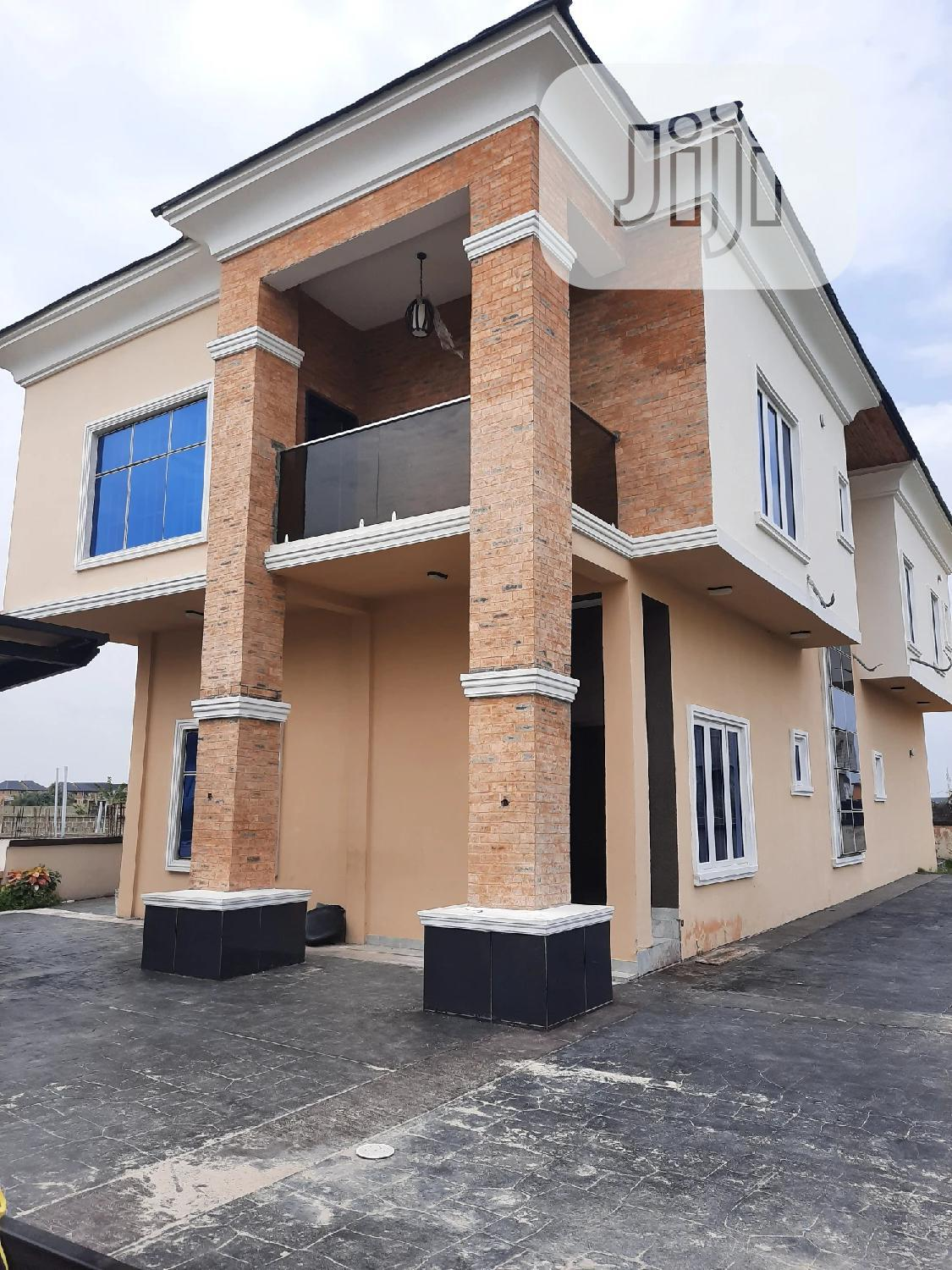 A Standard 5bedrooms Fully Detached Duplex