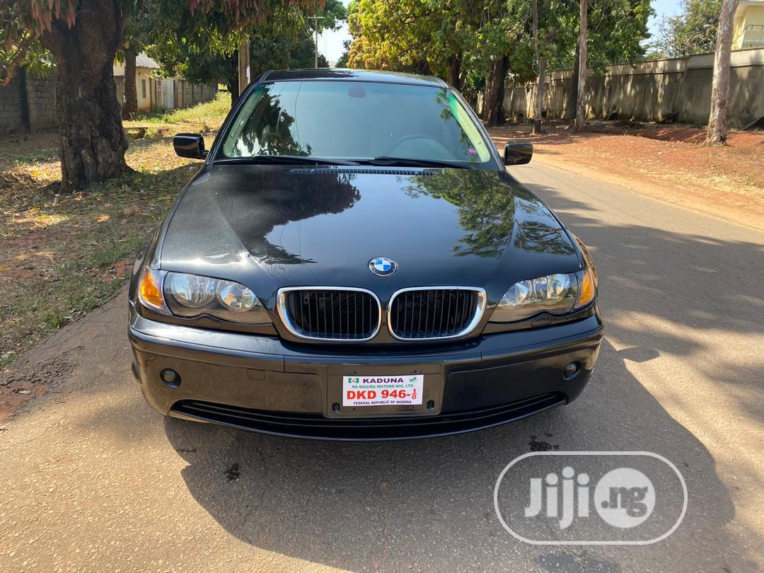 Archive: BMW 325i 2003 Black