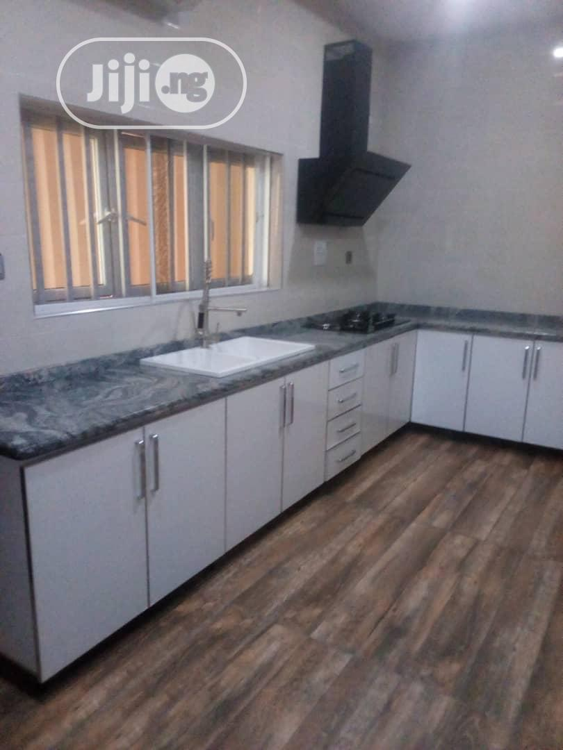 Archive: NEWLY BUILT 5bedrooms Detached Duplex With BQ For SALE.