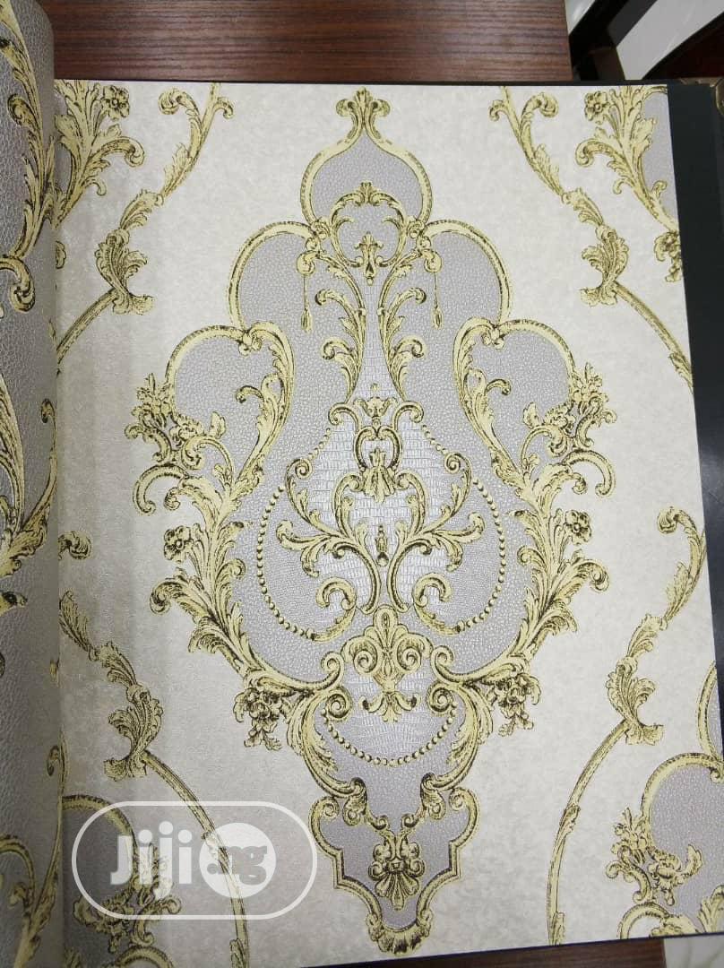 3D Cream Wallpaper