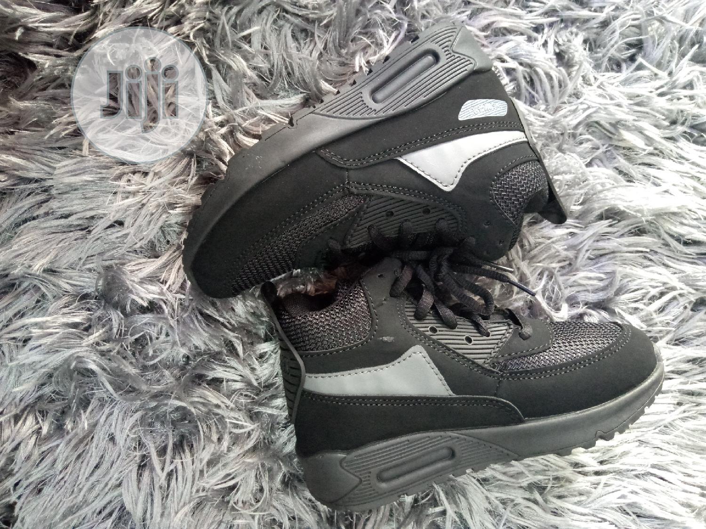 Fancy Black Unisex Sneakers