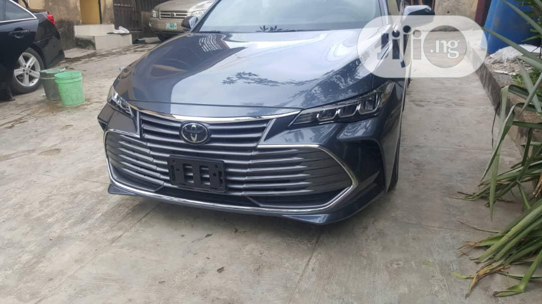Archive: Toyota Avalon 2019 Gray