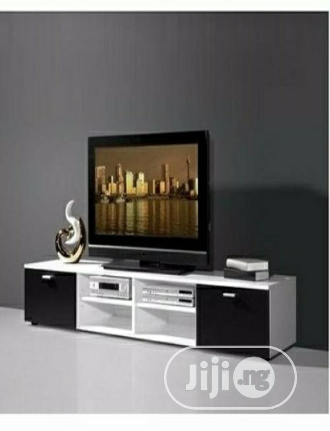 "5ft (60"") Television Console"