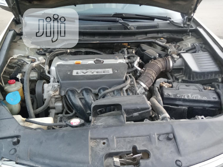 Archive: Honda Accord 2008 2.0 Comfort Automatic Gold