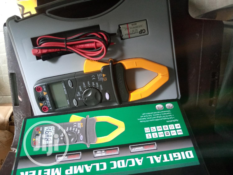 Archive: Digital Clamp Meter Ac/Dc (Mastech)