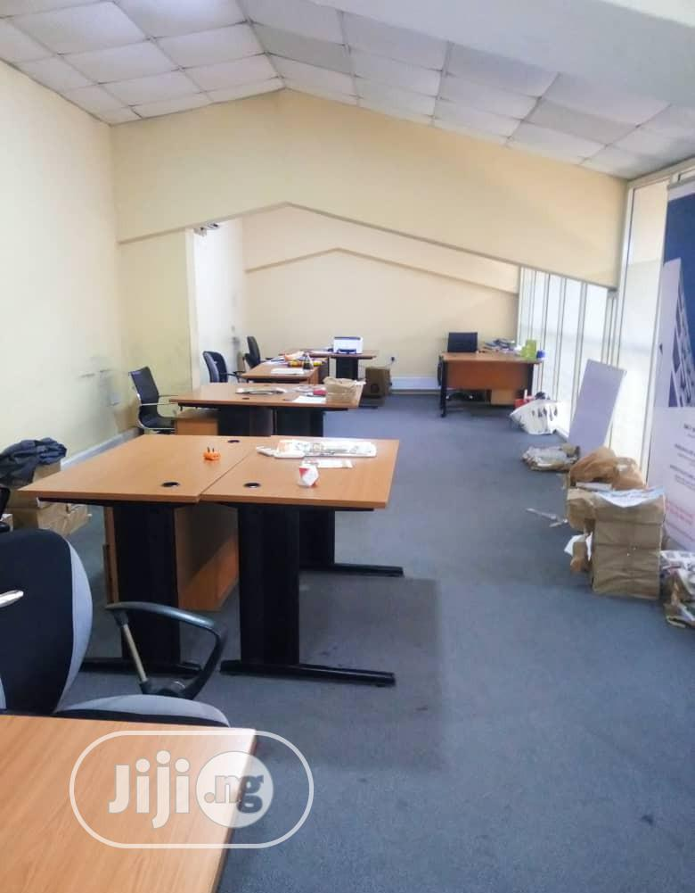 Smart Office for Rent in Lapal House Lagos Island.