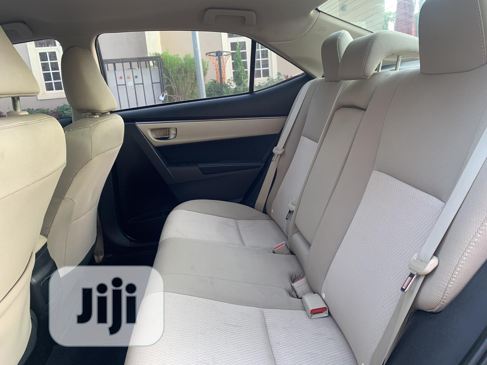 Toyota Corolla 2015 Black | Cars for sale in Wuse 2, Abuja (FCT) State, Nigeria