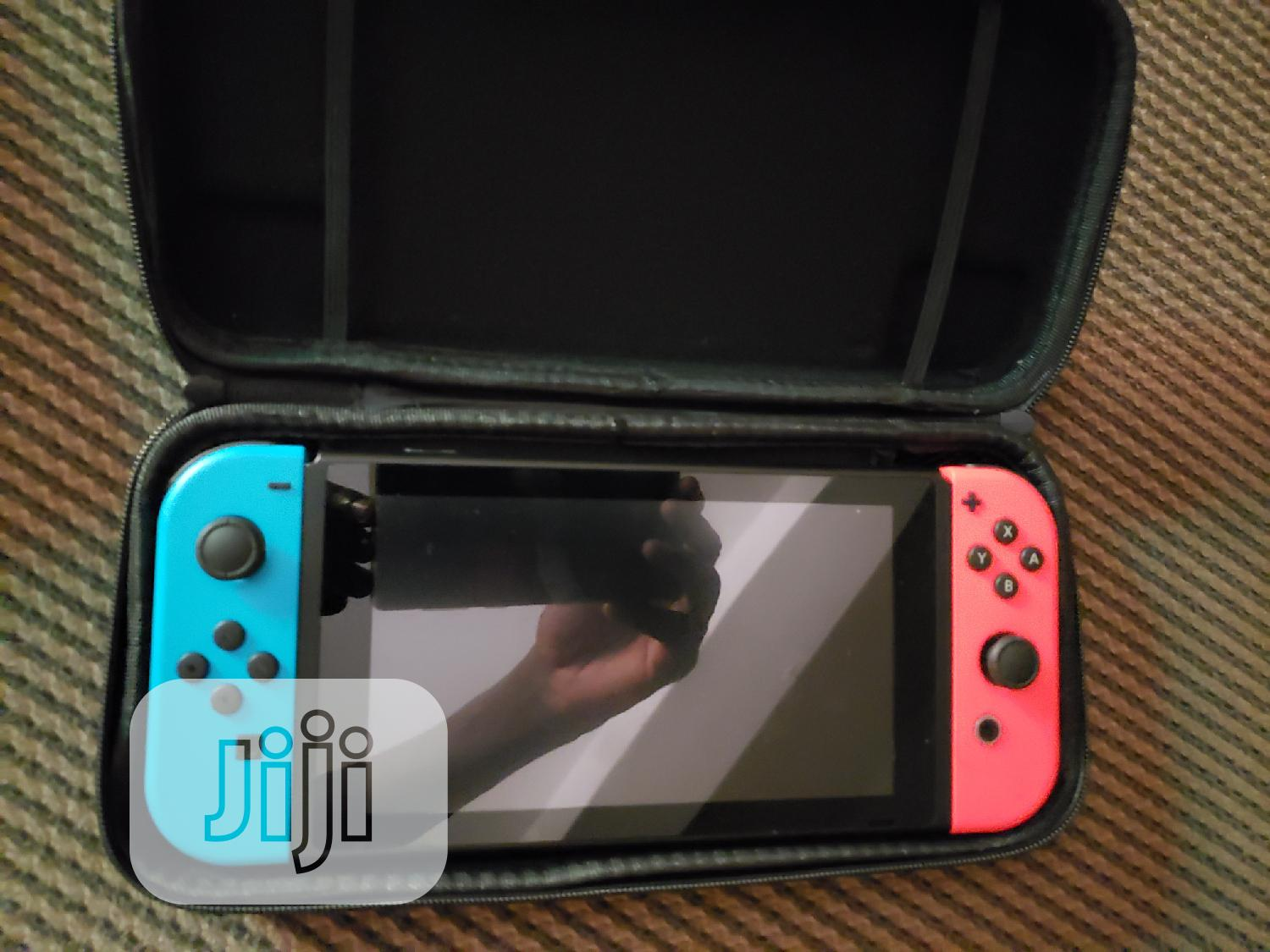 Very Clean Uk Used Nintendo Switch