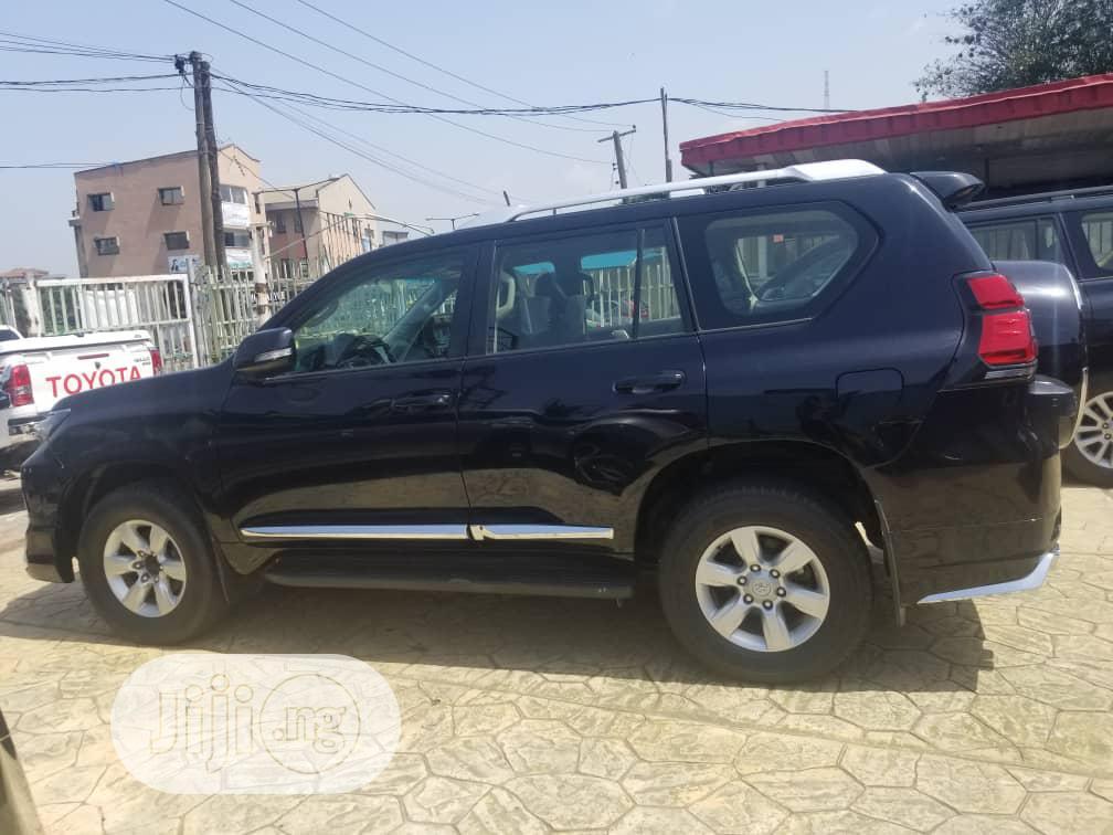 Archive: Toyota Land Cruiser Prado 2017 VX Black