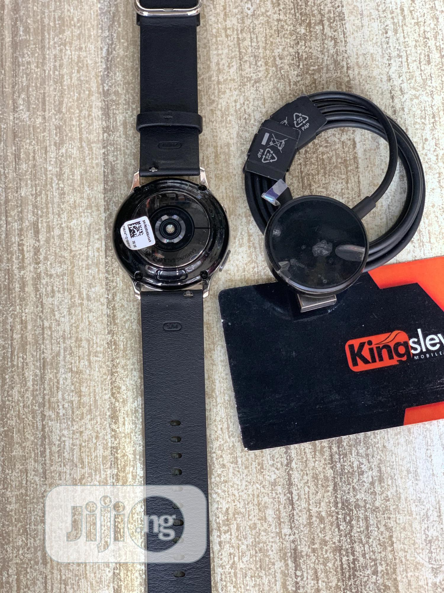Samsung Active2 Mint Condition | Smart Watches & Trackers for sale in Wuse 2, Abuja (FCT) State, Nigeria