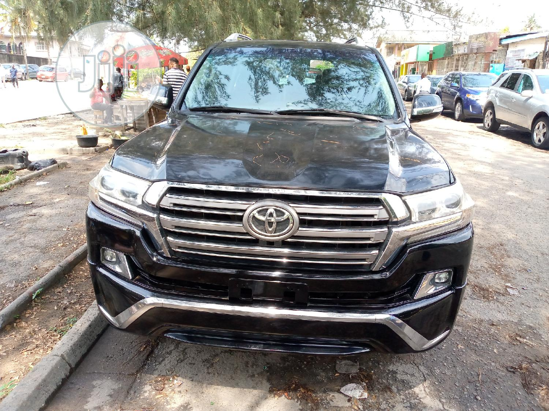 Toyota Land Cruiser 2012 Black