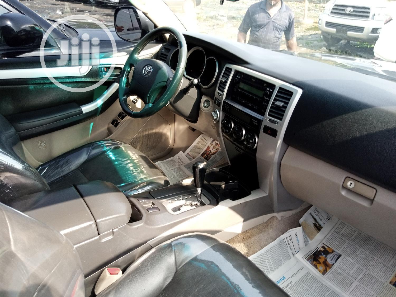 Archive: Toyota 4-Runner 2006 Limited 4x4 V8 Gray