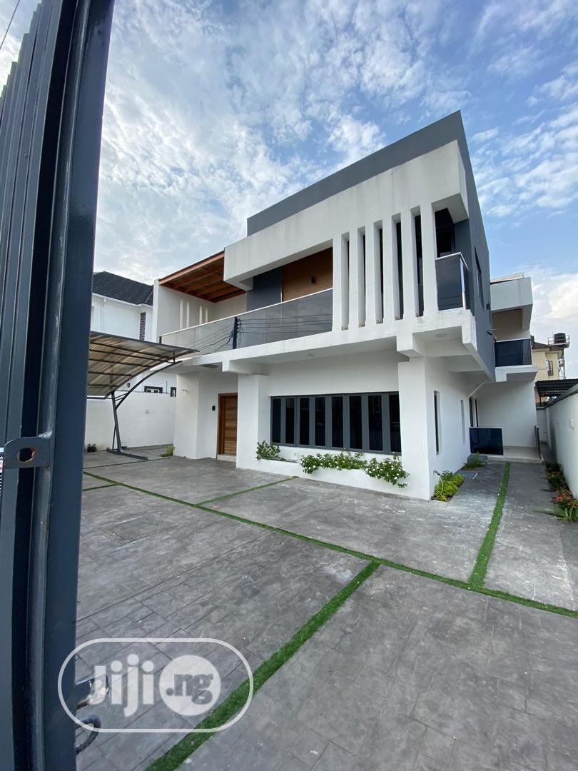 Chevron Power Luxury & Affordabe 5 Bedroom Duplex