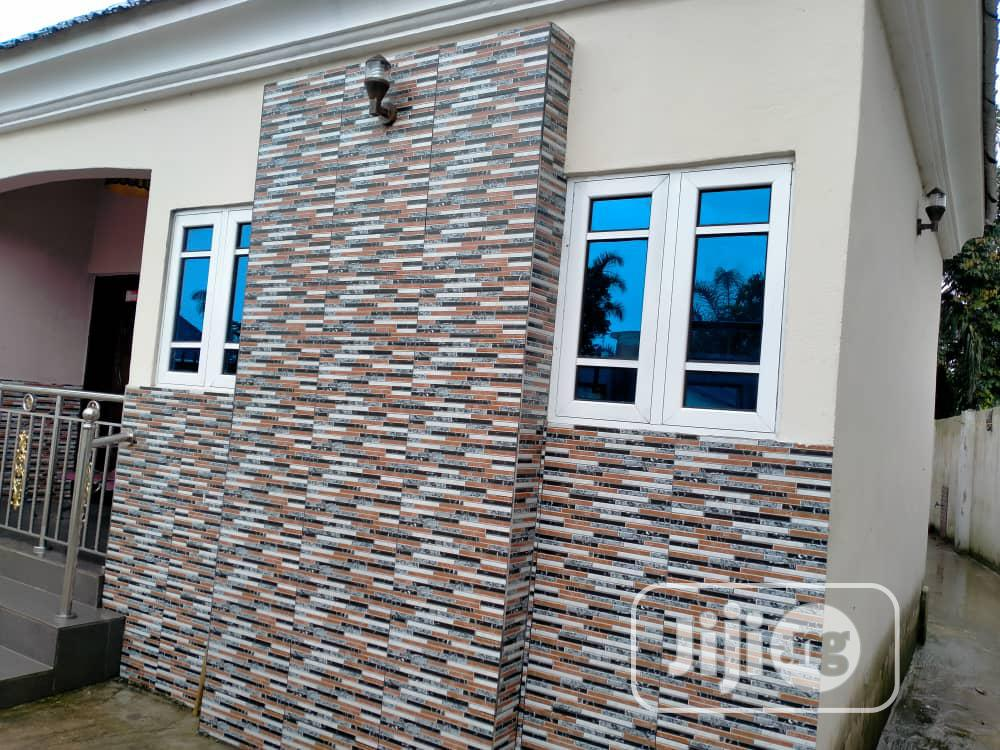 Archive: 3 Bedrooms All Ensuite Detached Bungalow In Uyo To Let