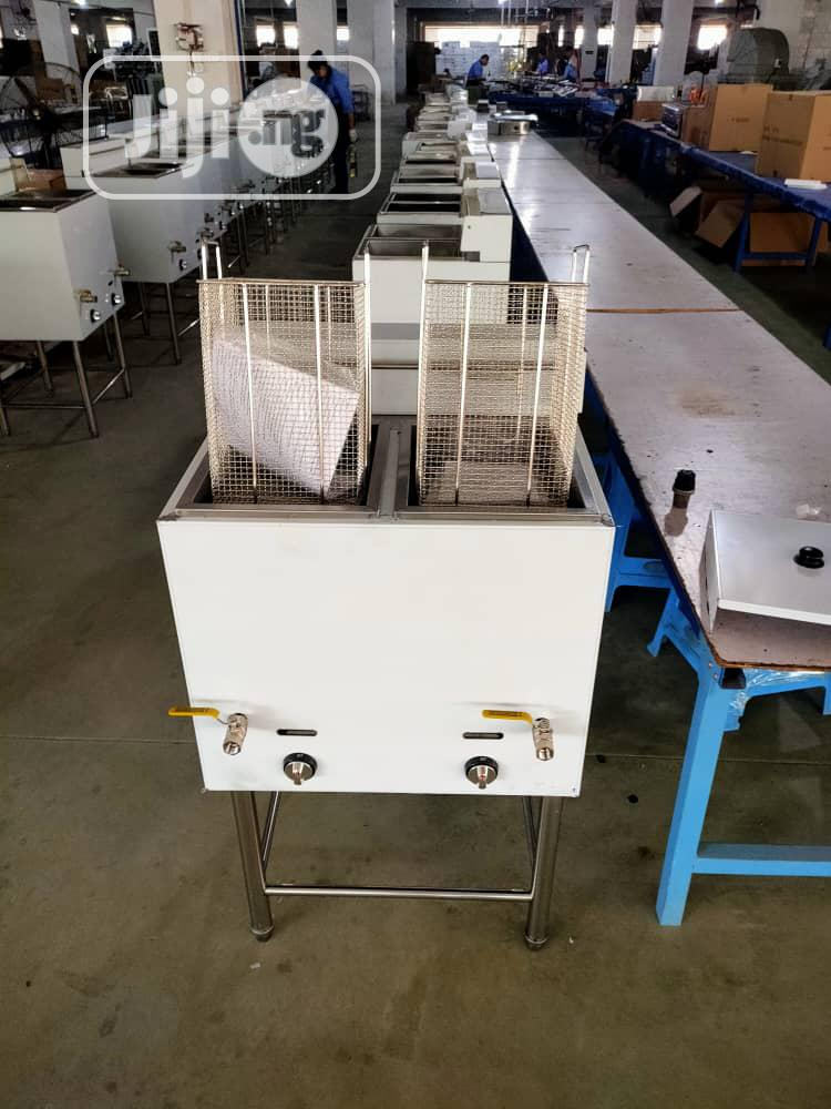 Archive: Industrial Gas Deep Fryer Double Basket Standing Available