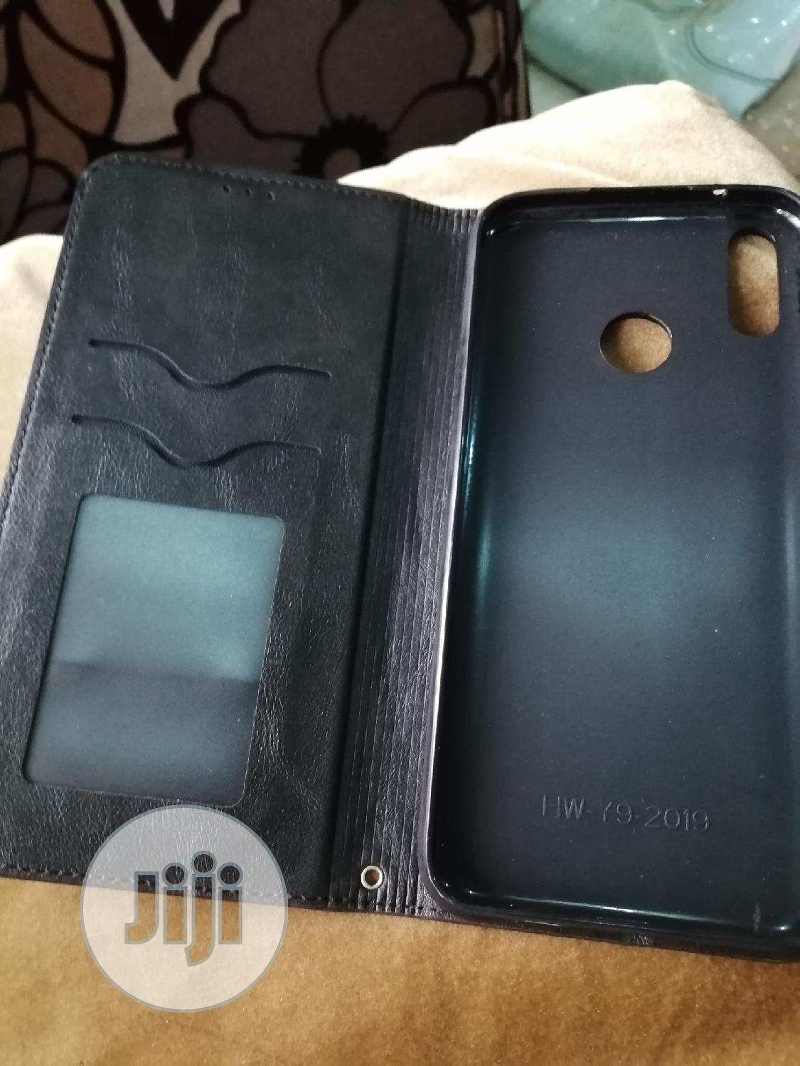 Archive: Black Luxury Magnetic Leather Cover Case for Huawei Y9 2019
