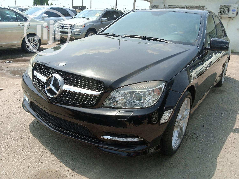 Mercedes-Benz C350 2011 Black