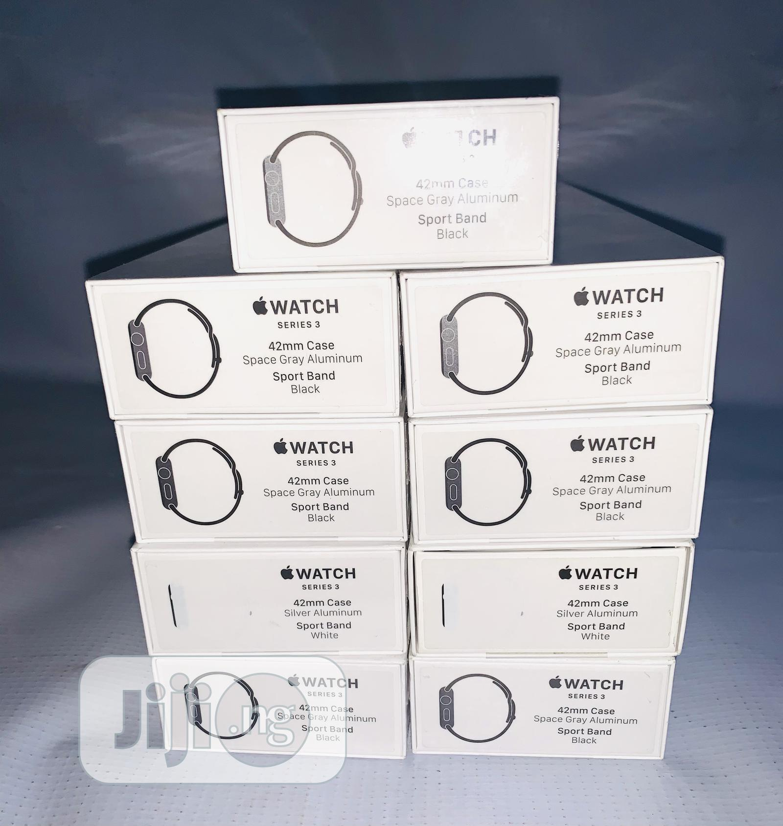 Apple Watch Series 3 42mm   Smart Watches & Trackers for sale in Surulere, Lagos State, Nigeria
