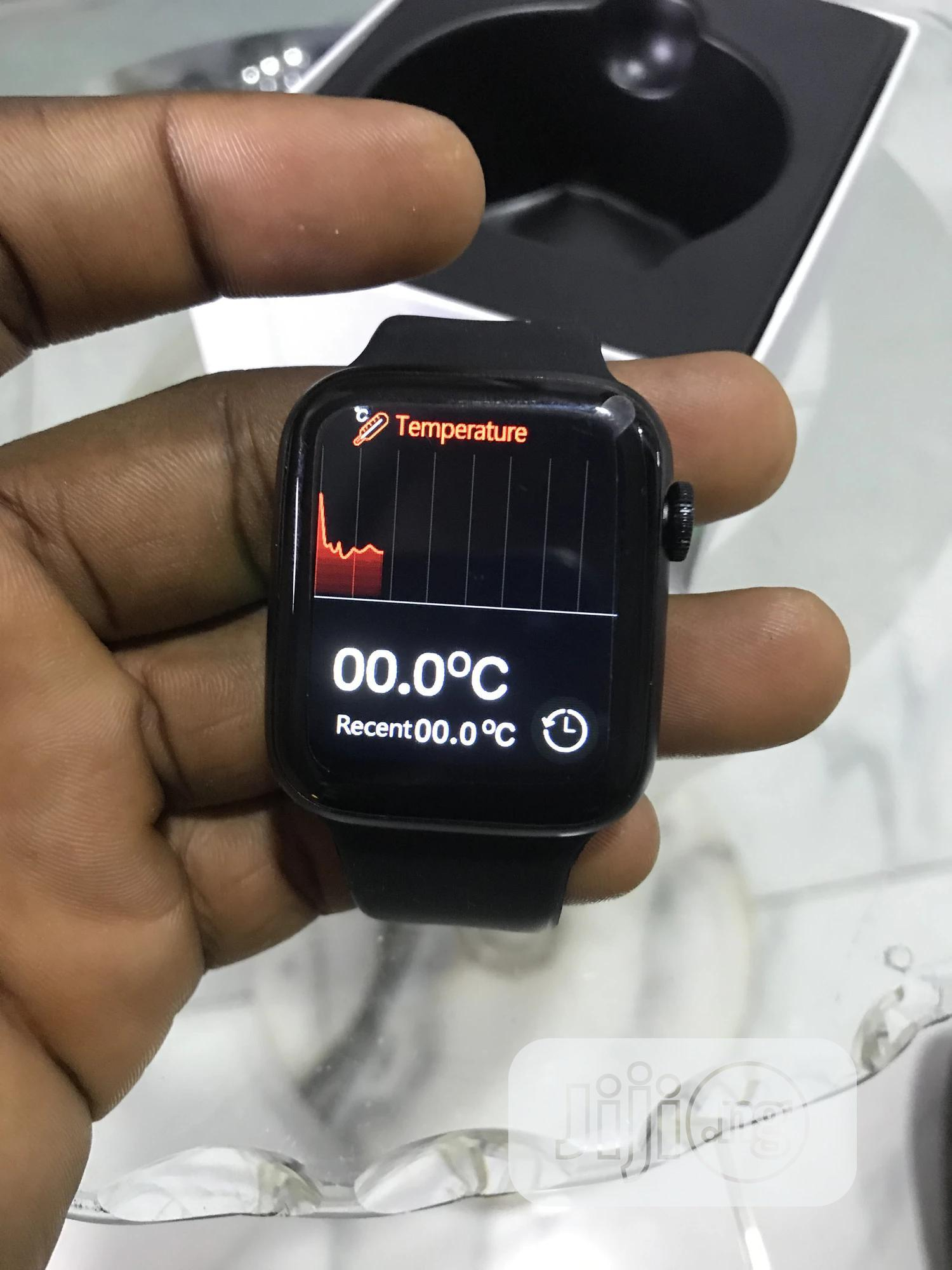 2021 Apple Watch Series 6   Smart Watches & Trackers for sale in Surulere, Lagos State, Nigeria