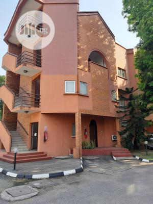 To Let In Old Ikoyi 3 Bedroom Flat 5m Ikoyi | Houses & Apartments For Rent for sale in Lagos State, Ikoyi