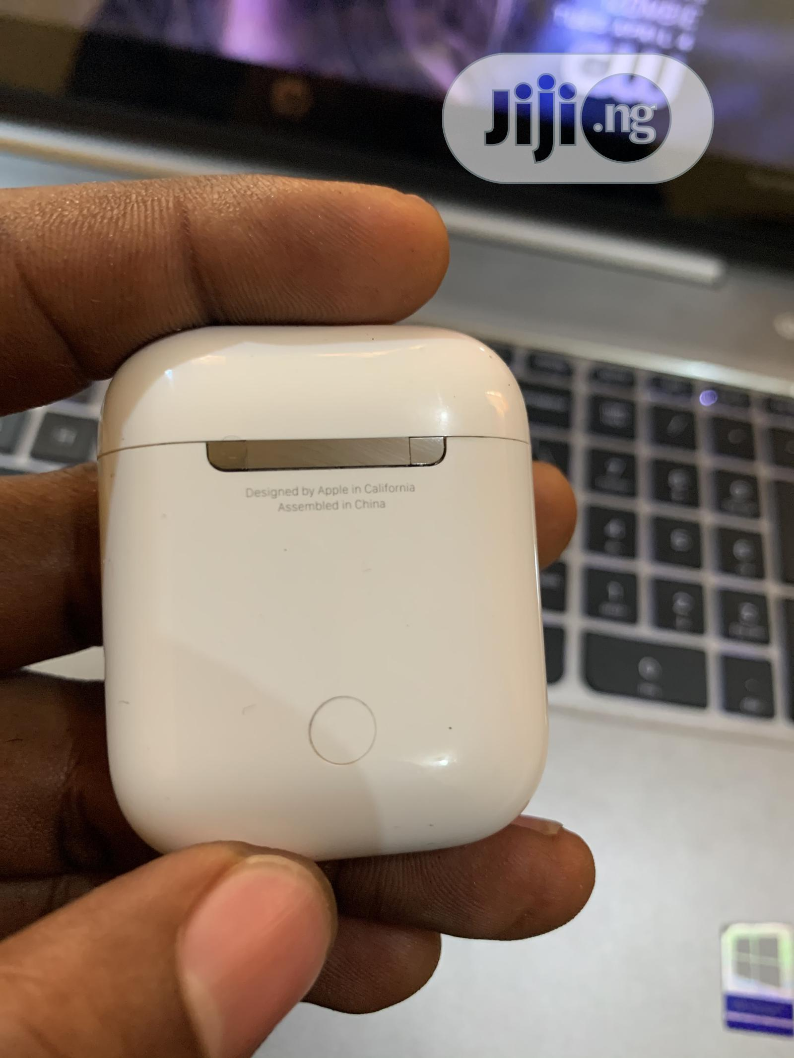 Archive: Original Airpods 2