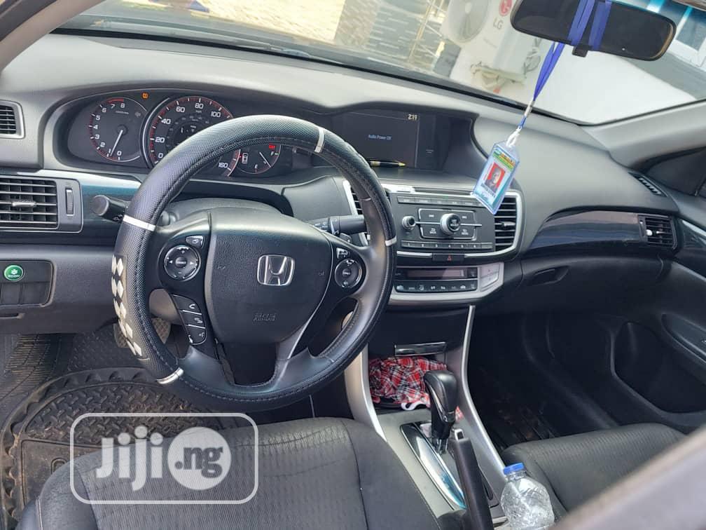 Archive: Honda Accord 2014 Blue