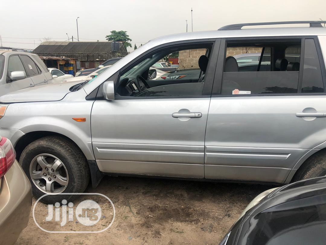 Honda Pilot 2006 Silver | Cars for sale in Ikeja, Lagos State, Nigeria
