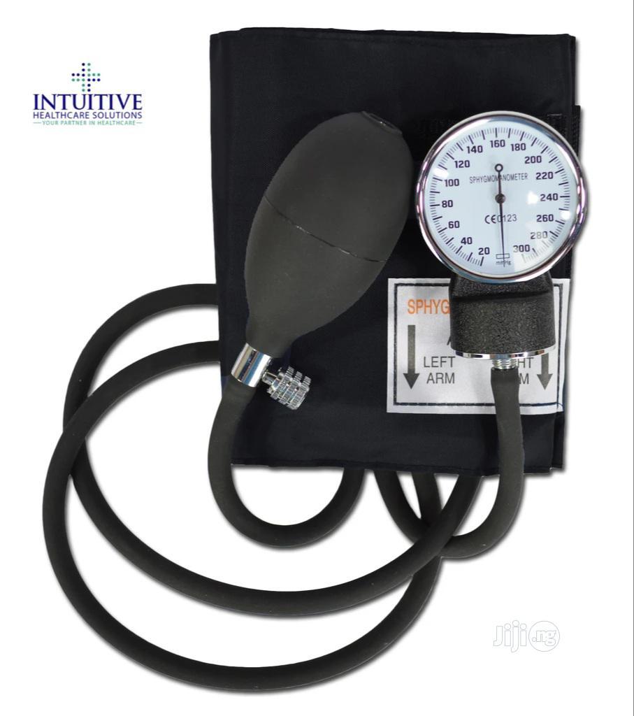 Archive: Zymac Aneroid Sphygmomanometer With Stethoscope