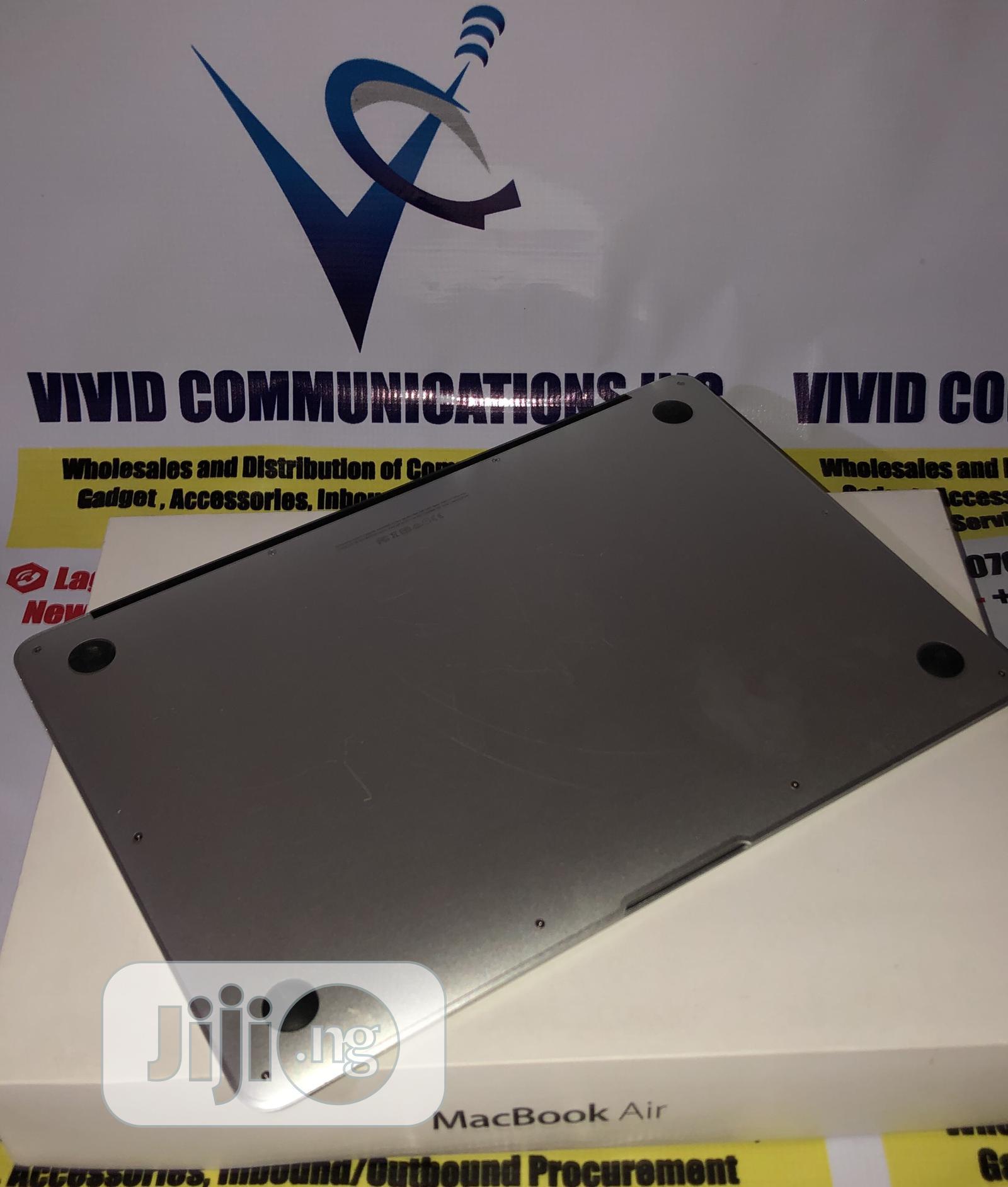 Laptop Apple MacBook Air 4GB Intel Core I5 SSD 256GB   Laptops & Computers for sale in Obafemi-Owode, Ogun State, Nigeria